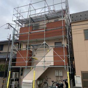足立区,外壁修繕足場最上段ゆったり荷置きステージ仕様